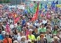AVRUPA'DAKİ IRKÇILIK ALMANYA'DA PROTESTO EDİLDİ