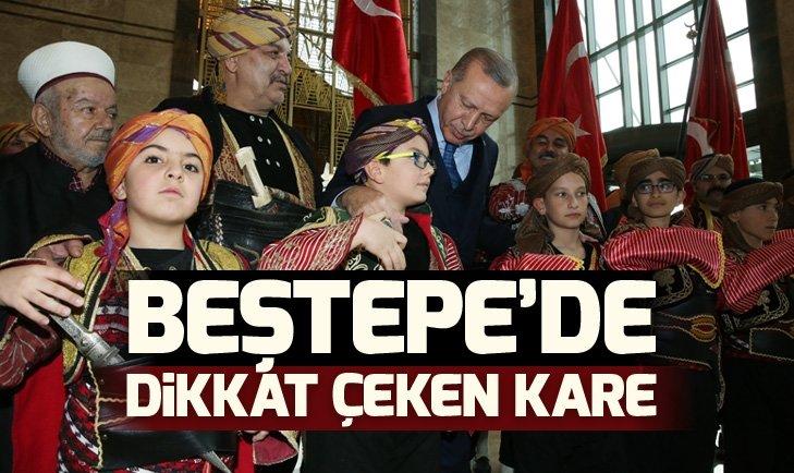 Başkan Erdoğan 49. Muhtarlar Toplantısı'na katıldı! Dikkat çeken kareler...