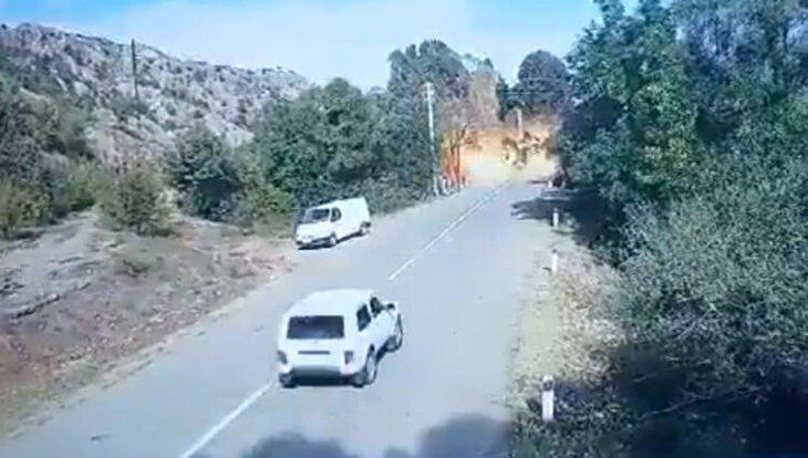 Azerbaycan ordusu ilerliyor! Kritik bölge böyle vuruldu...