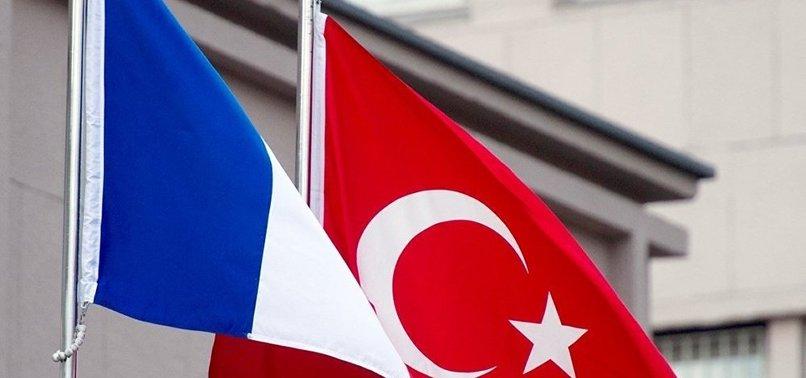 HÜKÜMET: FRANSA PKK İLE İLİŞKİSİNİ GÖZDEN GEÇİRMELİ