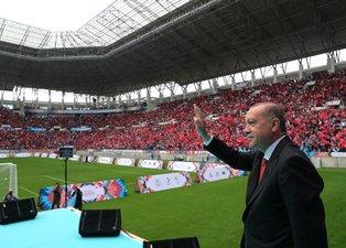 Başkan Erdoğan Diyarbakır Gençlik Festivali'nde konuşmasından kareler