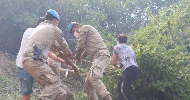 Binlerce Mehmetçik yangın bölgesinde! Jandarma Genel Komutanlığı açıkladı