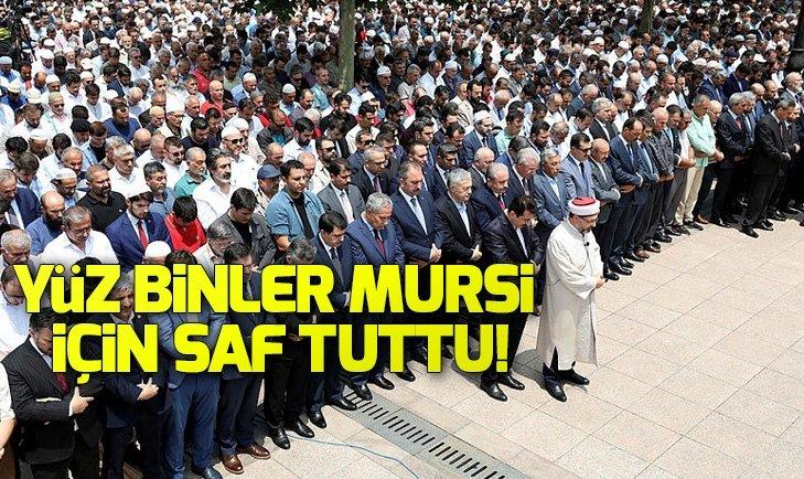 YÜZ BİNLER MURSİ İÇİN GIYABİ CENAZE NAMAZI KILDI!