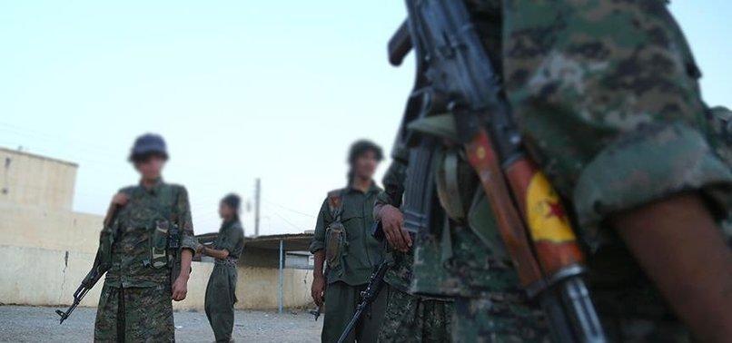 TERÖR ÖRGÜTÜ YPG/PKK SURİYE'NİN KUZEYİNDE ÇOCUKLARI ALIKOYUYOR
