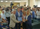 Ekrem İmamoğlu görevden alınan HDP'li belediyeleri ziyaret etti