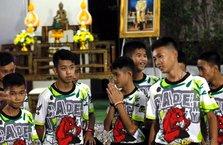 Tayland'da mağaradan kurtulan çocuklar taburcu oldu!