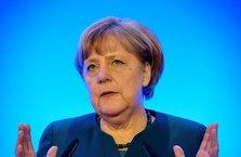 Merkel: Artık ABD'nin süper gücüne güvenemeyiz