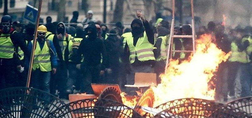 FRANSA DİKEN ÜSTÜNDE! 60 BİN POLİS GÖREVLENDİRİLDİ