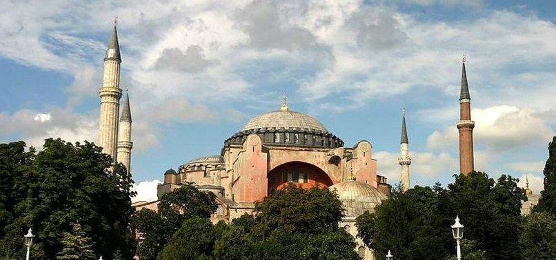AYASOFYA'DA TARİHİ ANLAR!