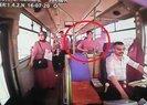 Genç kız halk otobüsünde ölüme böyle gitti | Video