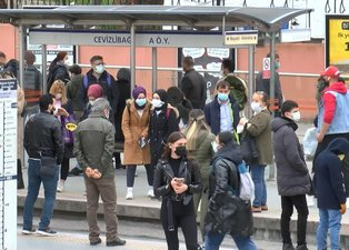 İstanbul'da toplu taşıma çilesi! Duraklardaki yoğunluk tedirgin etti