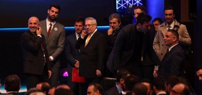 FUTBOL ZİRVESİ'NDE SÜRPRİZ BULUŞMA!