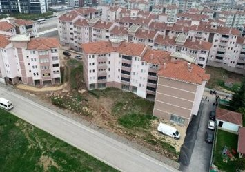 Bursa'da 27 yıldır bitmeyen site inşaatı! Birçok kişi taşınamadan öldü