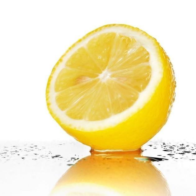 Limon suyuna sarımsak atıp içerseniz...