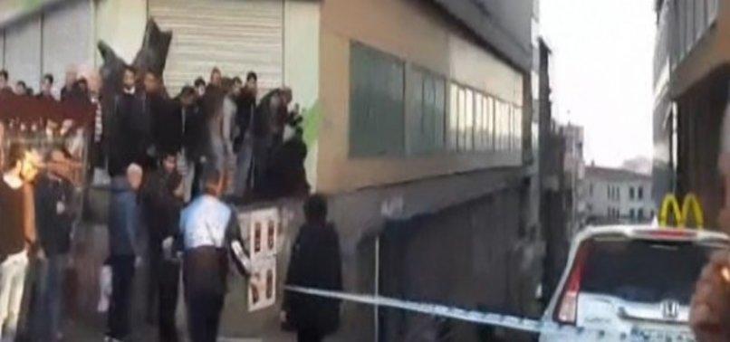 TAKSİM MEYDANI'NDA SİLAH SESLERİ!