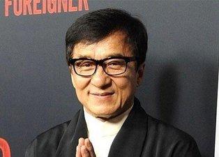 Jackie Chan'den açıklama geldi! Koronavirüs nedeniyle karantinaya alındı mı?