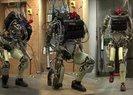 BAKAN FARUK ÖZLÜ: ROBOT ASKER ÇOK YAKIN