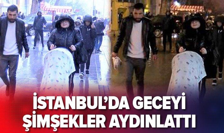 İSTANBUL'DA ŞİMŞEKLER GECEYİ AYDINLATTI