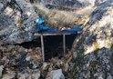 BİTLİS'TE PKK'LI TERÖRİSTLERİN KULLANDIĞI 5 SIĞINAK İMHA EDİLDİ