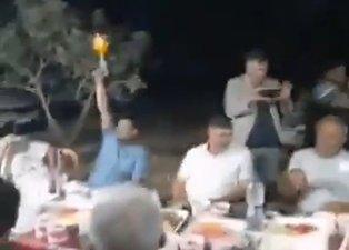 CHP'li başkan havaya ateş açıp parti yapmıştı! İlçedeki vatandaşlardan sert tepki: Bu saltanat nereden geliyor?