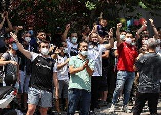 Beşiktaş'ta Sergen Yalçın depremi! Taraftar devreye girdi! Evinin önünde toplandılar