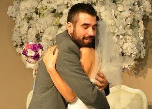 Ünlü şarkıcı Zeynep Casalini oyuncu kızını evlendirdi