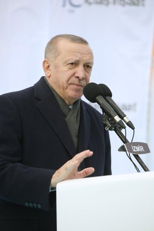 Başkan Erdoğan direksiyona geçti! Makam aracıyla otoyolu kullandı...