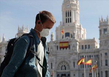 İspanya'da son 24 saatte 33 bin 800 Covid-19 vakası
