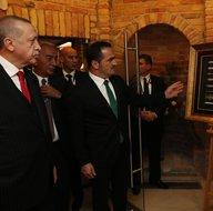 Başkan Erdoğan Minyatürlerle Osmanlı Devri Türk Okçuluğu sergisini ziyaret etti