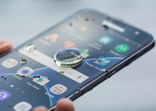 Google uyardı! Akıllı telefon kullananlar dikkat: Bu programları hemen silin!