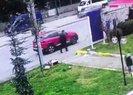 Çekicinin kaldırdığı araçtan düşen yaşlı kadın kameraya yansıdı