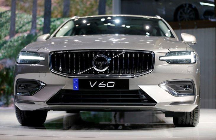 2019 Volvo V60 Cenevre Otomobil Fuarı'nda ortaya çıktı