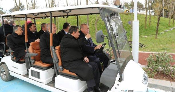 Başkan Erdoğan Esenler'de 15 Temmuz Millet Bahçesi'ni gezdi