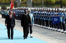 Erdoğan, Buhari'yi resmi törenle karşıladı