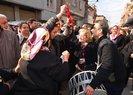 CENAZESİNDE DAVUL ÇALINDI, TABUTA GELİNLİK ÖRTÜLDÜ