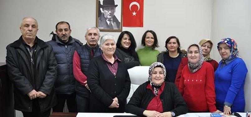 EVLAT EDİNDİĞİ ÇOCUK ENGELLİ ÇIKINCA KOCASI TERK ETTİ!