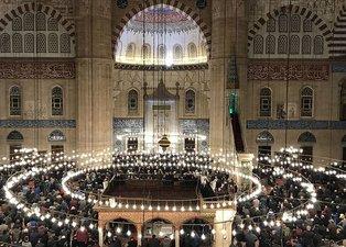 Üç aylarda okunacak dualar nelerdir? Recep, Şaban, Ramazan ayı önemi ve okunacak dualar…