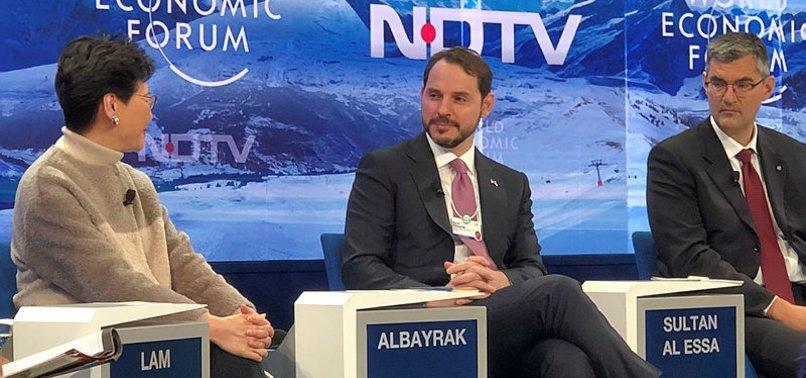 BAKAN ALBAYRAK'TAN DAVOS'TA FLAŞ MESAJLAR