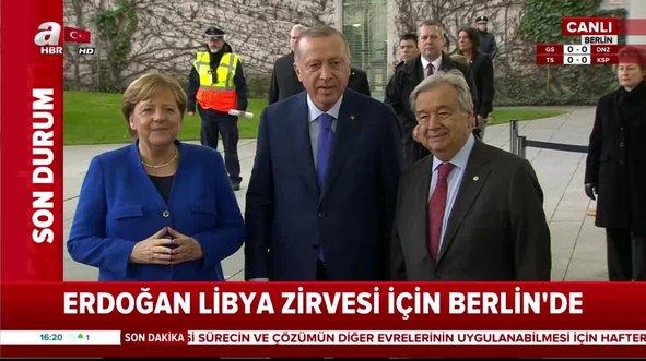 Erdoğan Berlin'de Merkel tarafından böyle karşılandı