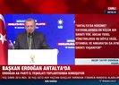 Başkan Erdoğan partililerle birlikte şarkı söyledi