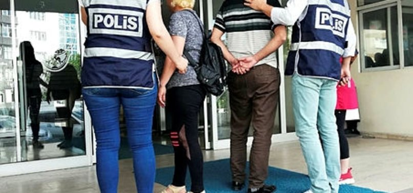 POLİSTEN FUHUŞ OPERASYONU