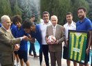 MHP LİDERİ BAHÇELİ, OSMANİYESPOR'UN KAMPINI ZİYARET ETTİ