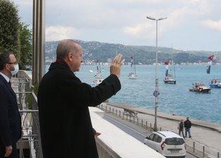 İstanbul'un fethinin 567. yılı dönümü! Gençler ve Milli sporcular Başkan Erdoğan'ı selamladı
