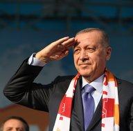 Başkomutan Recep Tayyip Erdoğan'dan asker selamı!
