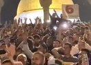 Mescid-i Aksada Erdoğan ve Türkiye sloganları...