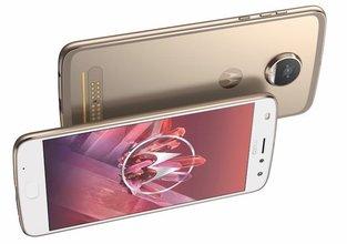 Motorola'dan şekilden şekle giren telefon: Moto Z² Play