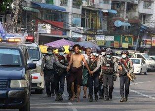 Myanmar'da ordu katliamı büyüyor! Ölü sayısı bine yaklaştı
