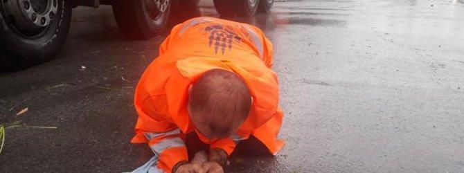 Yavru kediyi kurtaran işçi o anları A Haber'e anlattı