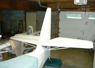 Evde canı sıkılan adam uçak yaptı! Herkesi şaşırttı...