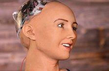 Dünyanın ilk vatandaş robotu Sophia, aile kurmak istiyor